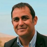 """Blas Acosta: """"El puerto de Corralejo es la gran puerta del turismo interinsular y merece que el Gobierno canario ponga 20 millones"""""""