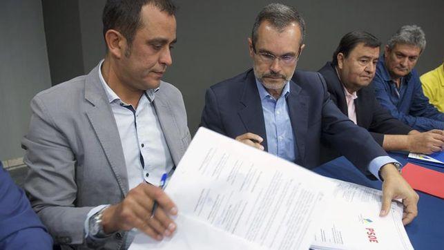 PSOE y CC firman el pacto de gobernabilidad para los próximos cuatro años en Fuerteventura