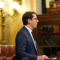 Lavandera exige a Baltar que desbloquee las dos nuevas consultas de medicina y enfermería de Puerto del Rosario Grupo Parlamentario Socialista Canario, Iñaki Lavandera, sobre la reforma del Estatuto de Autonomía de Canarias.